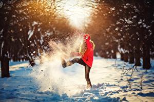 Картинки Зимние Снег Девочки
