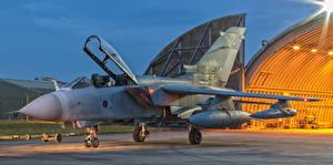 Фотографии Самолеты Бомбардировщик Panavia Tornado GR.4