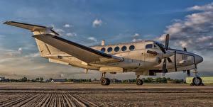 Картинки Самолеты Транспортный самолёт Beech C-12U Huron 84-00157-2