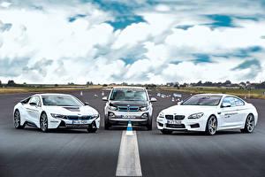 Картинки BMW Трое 3 Белая машина
