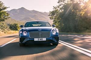 Фото Бентли Спереди Движение Купе Синий Continental GT 2017
