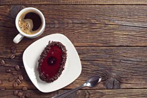 Фотографии Кофе Пирожное Доски Чашка Тарелка Ложка Зерна Пища