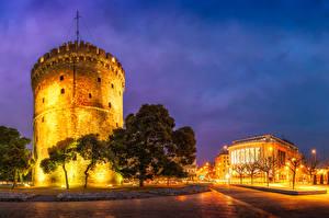 Фотографии Греция Дома Вечер Башня Уличные фонари Деревья Thessaloniki
