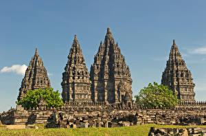 Фото Индонезия Храмы Prambanan Города