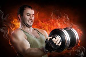 Картинки Мужчины Огонь Гантелями Мышцы спортивная