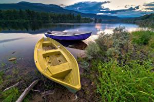 Фотография Норвегия Речка Побережье Лодки Двое Природа