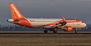 Фотографии Самолеты Пассажирские Самолеты Airbus A320-214SL