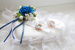 Картинка Розы Кольцо 2 Сердце
