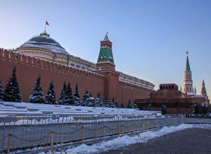 Обои Россия Москва Зима Московский Кремль Стена Ель Городская площадь Забор Red square Kremlin Города