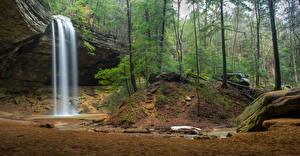 Фото США Парки Водопады Леса Скала Hocking Hills Ohio