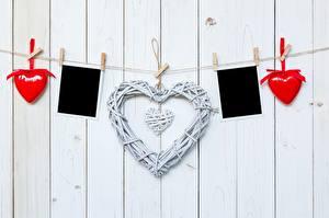 Фото День всех влюблённых Сердечко Прищепки Доски