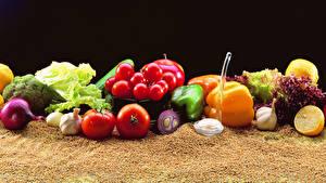 Картинки Овощи Томаты Перец Лук репчатый Зерна