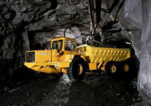 Картинка Вольво Грузовики Пещера Желтый 1976-79 BM 860S