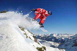 Картинка Зимние Мужчины Сноуборд Прыжок Униформа Снег Спорт