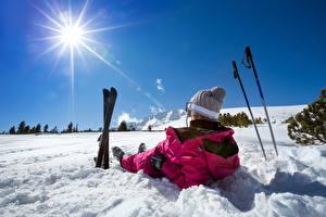 Обои Зимние Лыжный спорт Снег Солнце Шапки Природа