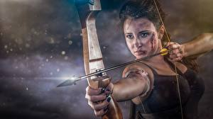 Обои Лучники Воители Лук оружие Стрела Взгляд Abel Tonkens Девушки