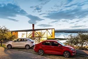 Фотографии Fiat Двое Сбоку 2018 Cronos Машины