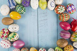 Фотографии Праздники Пасха Доски Яйца Дизайн