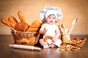 Фотография Выпечка Хлеб Грудной ребёнок Мальчишки Повар Корзинка Дети