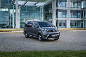 Фотография Toyota Серая Металлик 2018 ProAce Verso VIP машина
