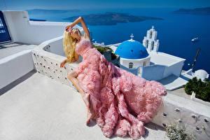 Картинка Блондинка Платье Модель Девушки