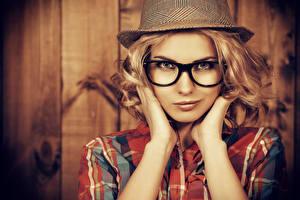 Обои Блондинка Шляпа Лицо Очки Девушки