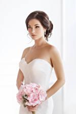 Фото Букеты Шатенка Невеста Платье