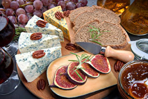 Фотографии Хлеб Сыры Инжир Орехи Нож Разделочная доска Продукты питания