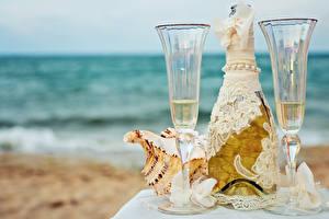 Картинки Шампанское Бутылка Бокалы 2 Дизайн Бантик