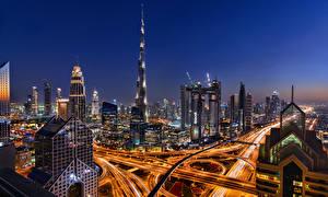 Фотография Дубай Объединённые Арабские Эмираты Здания Небоскребы Дороги Ночные Города