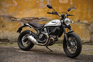 Фотографии Ducati 2015-17 Scrambler Classic мотоцикл
