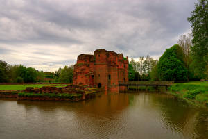 Обои Англия Замки Развалины Пруд Мосты KIRBY CASTLE Города