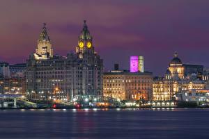 Картинки Англия Дома Реки Вечер Часы Liverpool город