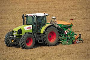 Картинки Поля Сельскохозяйственная техника Трактор 2003-07 Claas Ares 826 RZ