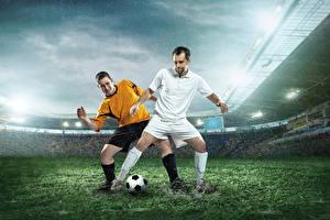 Фотография Футбол Мужчины Дождь Вдвоем Газон Спорт
