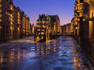 Картинка Германия Гамбург Здания Речка Вечер Лед Города