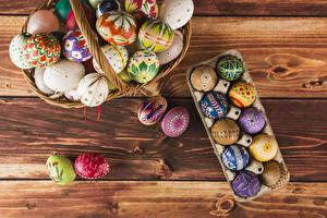 Картинка Праздники Пасха Доски Яиц Дизайна Разноцветные Корзинка