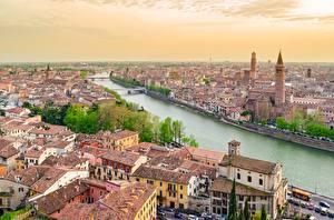 Картинки Италия Речка Верона Дома Сверху Города
