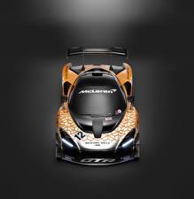 Картинки McLaren Тюнинг Сером фоне Сверху 2018 Senna GTR Concept авто