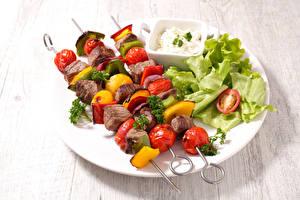 Фото Мясные продукты Шашлык Овощи Тарелка Пища