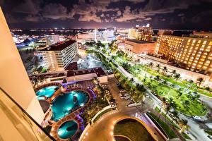 Фотографии Мексика Здания Дороги Плавательный бассейн Ночь Cancun Города
