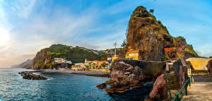 Фотография Португалия Дома Берег Залив Утес Лестница Livramento Madeira Islands