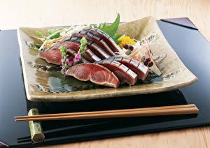 Картинка Морепродукты Рыба Палочки для еды Тарелка Пища