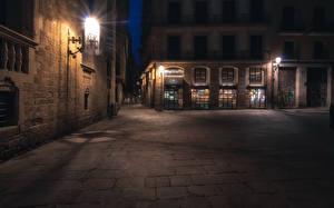 Фото Испания Дома Барселона Улица Ночные Уличные фонари город