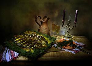 Фотографии Натюрморт Свечи Рыба Укроп Стол Кувшин Бокалы Тарелка Пища