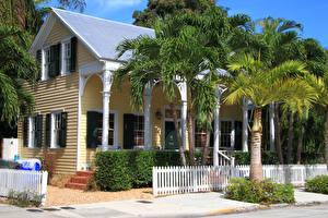 Фото США Здания Флорида Забор Пальма Historic Seaport Key Города