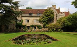 Картинки Великобритания Дома Пруд Газоне Athelhampton House Dorset город