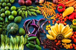 Фотографии Овощи Бананы
