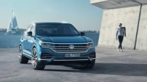 Обои Volkswagen Спереди Touareg 2018 TDI Автомобили