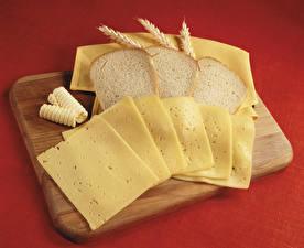 Обои Хлеб Сыры Разделочной доске Колос Нарезанные продукты Еда
